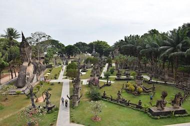 Vientiane nekada i sada. Ono kad vas tjeraju van iz grada