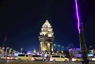 Phnom Penh. Skice iz prijestolnice Kambodže