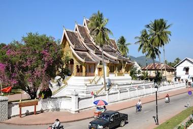 Luang Prabang. Zvukovi gonga na obalama čarobnog Mekonga